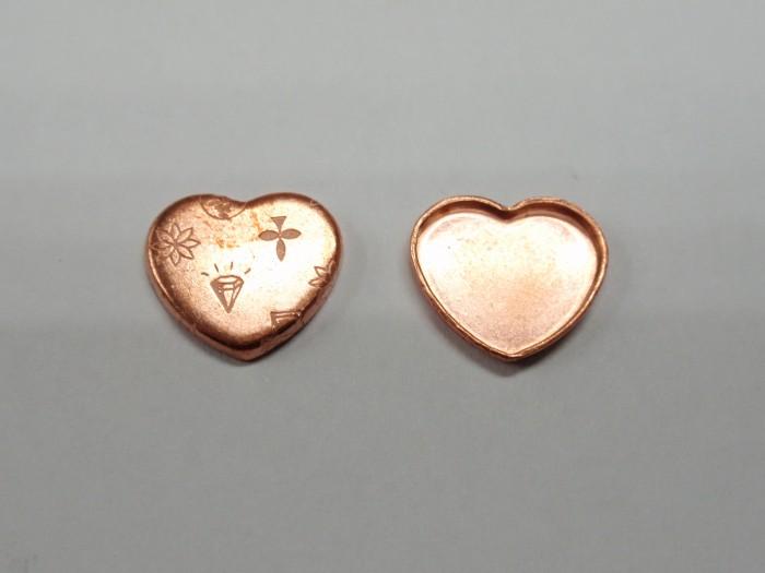 銅製のミール皿を金型から製作