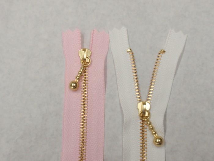 オリジナルアパレルパーツ(服飾資材)の5つの製作事例