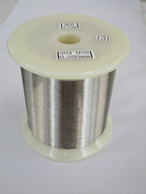 様々な素材を使った針金の加工 | ピアノ線・銅線・真鍮線