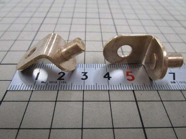 ヴィンテージ家具専用のL字金具とボルトネジを製作 | 家具屋さんからのオーダー